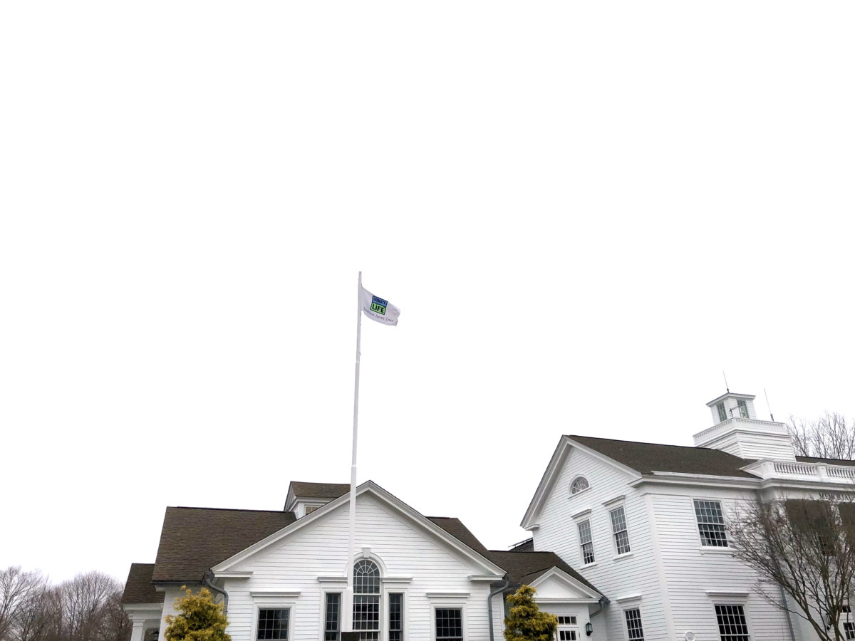 Donate Life flay flying at Old Lyme Town Hall